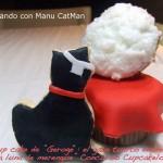 """El cupcake de """"George"""": un gato tuerto enamorado de una luna de merengue"""
