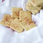 Crespillos, galletas saladas de pimentón. Receta