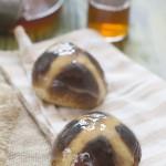 hot cross buns 150x150 Brownie de algarroba [sin gluten] Receta #díadelbrownie