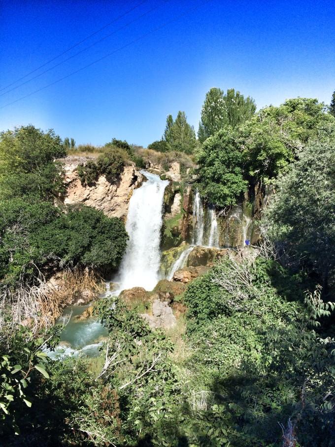 cascada de el hundimiento en Ruidera