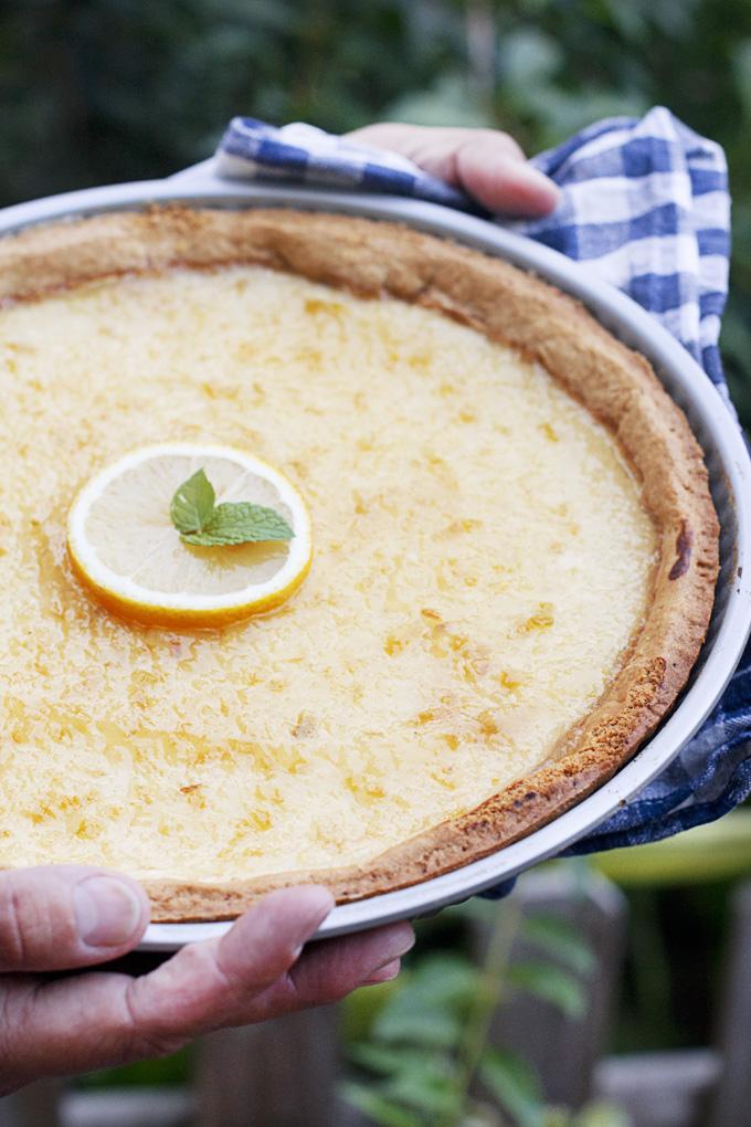 tarta afgolemono, un postre griego de miel y limón