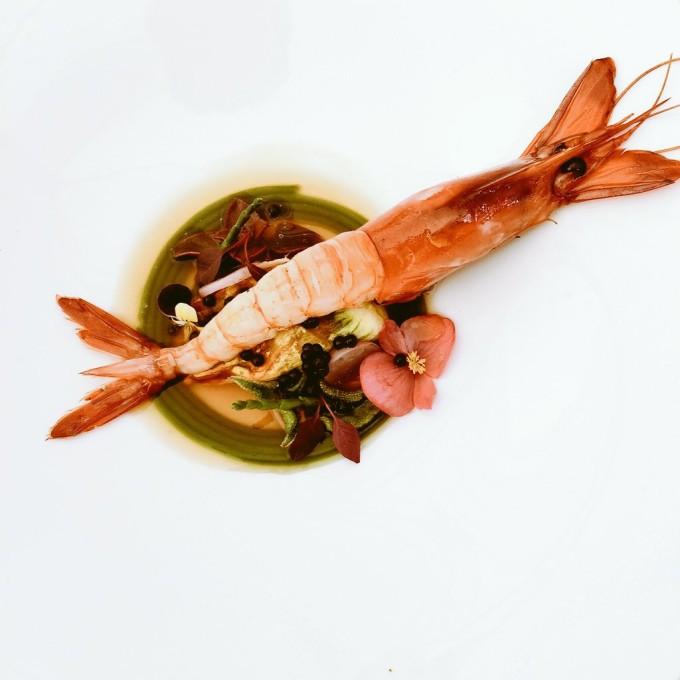 plato de Rubén Cabrera Cartel del IV concurso internacional de cocina creatiuva con Gamba Roja de Dénia