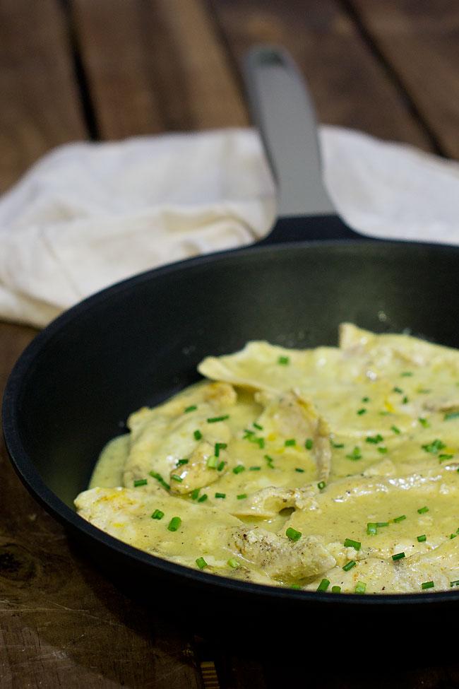 pechugas-con-leche-de-coco-y-curry