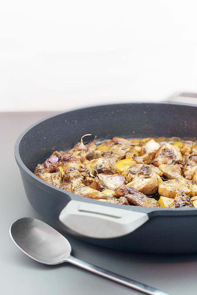 receta de conejo al ajillo tradicional