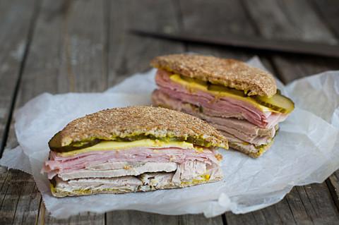 receta de sandwich cubano fácil