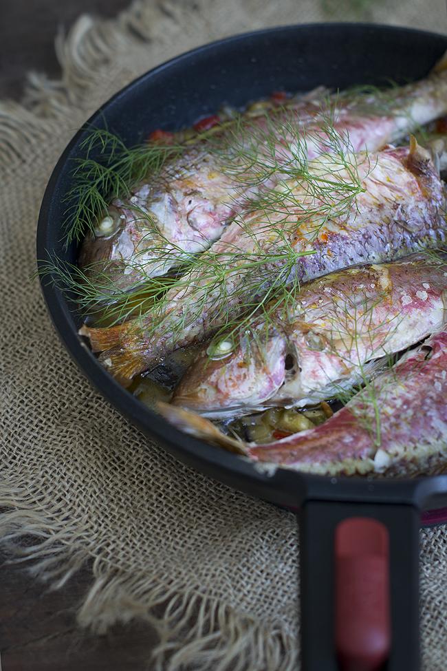 salmonetes al horno con verduras