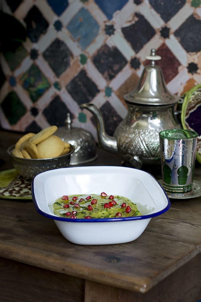 byessar crema de habas marroquí