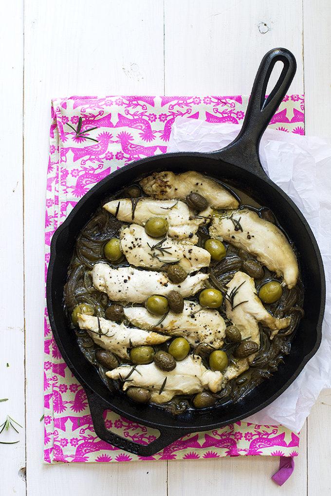 pollo con aceitunas verdes